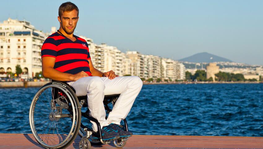 Отдых на берегу моря для людей инвалидов l Медицинский туризм Греции