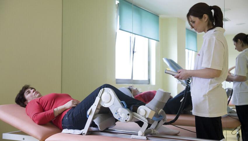 Упражнения физиотерапии l Современные тренажеры l Реабилитация в медицинском центре Эвексия