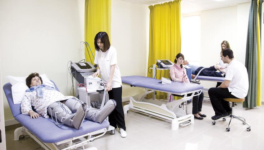 Физиотерапия в медицинском реабилитационном центре Evexia